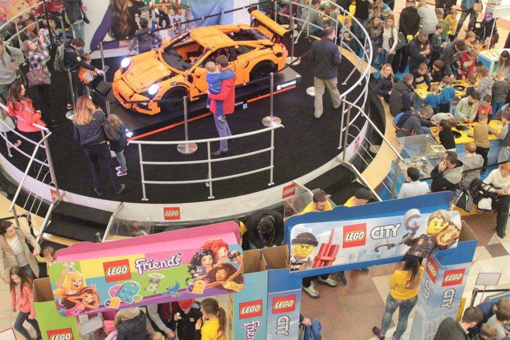 Informator Stolicy Lego Porsche W Galerii Mokotów